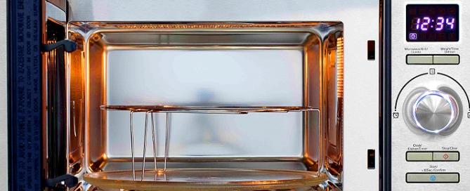 Il forno a microonde: vantaggi e savantaggi, tipologia di cottura, i reali rischi per la salute