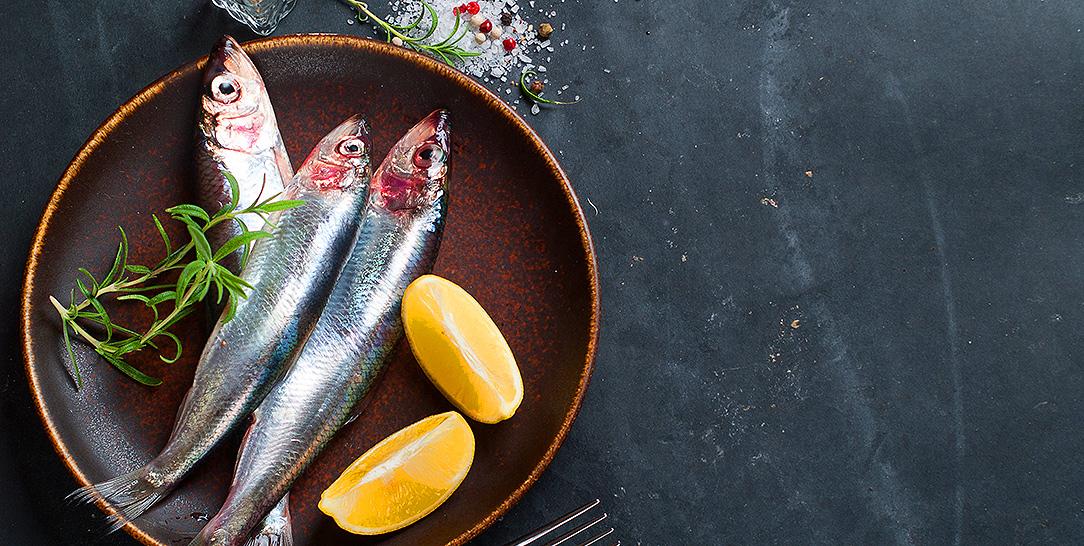 parassiti da pesce crudo