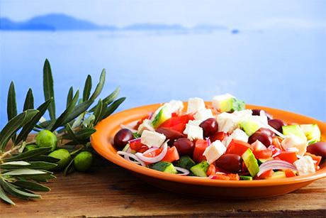 Dieta Mediterranea, ingredienti dimnticati, attività fisica e frugalità
