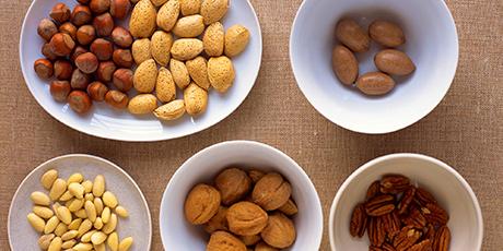 Acido fitico, semi e noci, proprietà, rischi e benefici per la salute