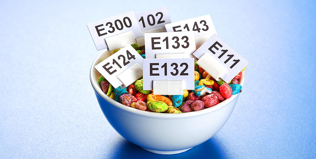 Additivi alimentari, coloranti e conservanti, utilizzo, legilslazione sicurezza e rischi per la salute