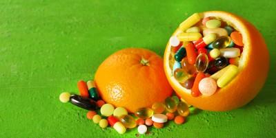 Le interazioni tra cibo e farmaci, i rischi e le controindicazioni