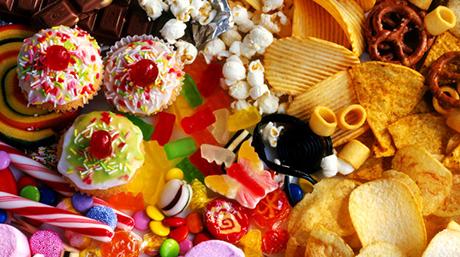 Cibo spazzatura, cibi lavorati e rischi per la salute, rischio di cancro, cancro al seno