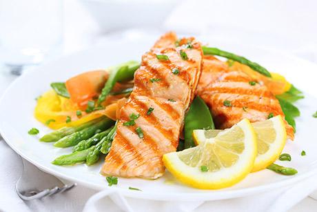 Come funziona la dieta chetogenica, la fisiologia della chetosi