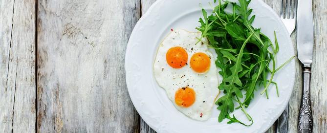 Le uova fanno male? Uova, colesterolo e malattie cardiovascolari nello studio di Zhong et al su JAMA