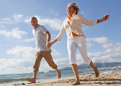 Mangia meno, vivi meglio: dieta, longevità e invecchiamento