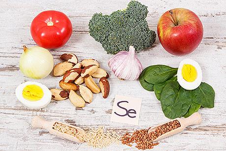Gli alimenti ricchi di selenio, l'importanza per la salute, le selenoproteine